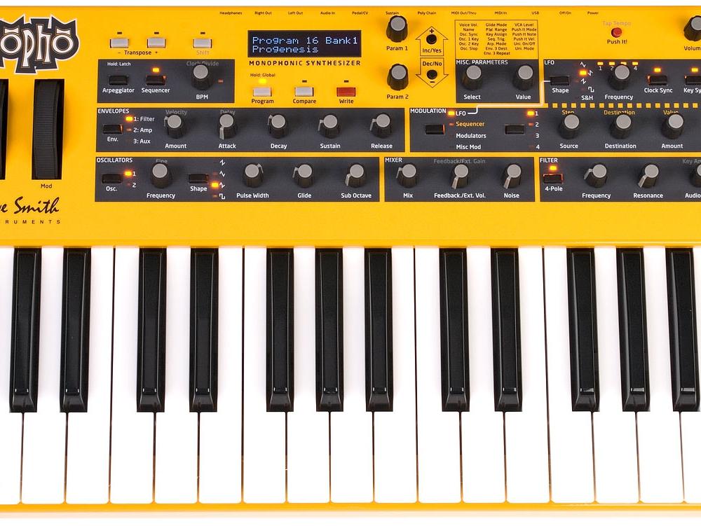 Синтезаторы и рабочие станции Dave Smith Instruments Mopho Keyboard