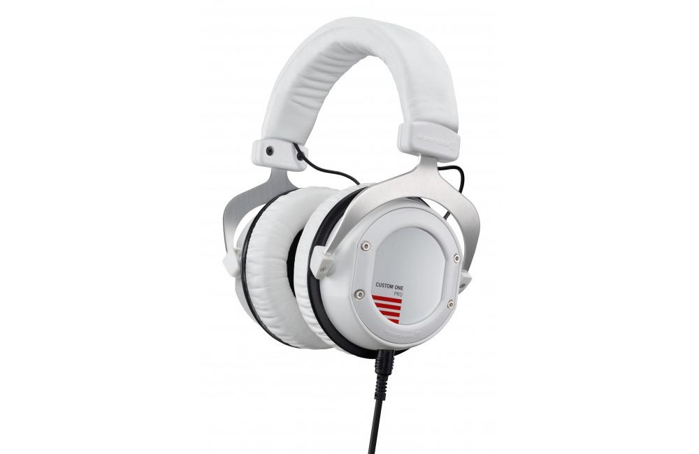 Студийные наушники Beyerdynamic Custom One Pro White