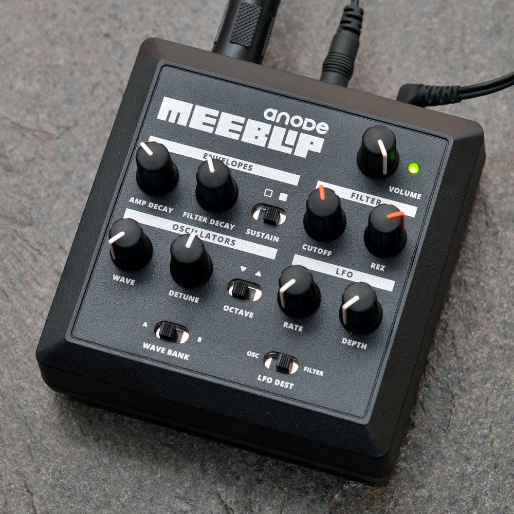Синтезаторы и рабочие станции MeeBlip Anode Synthesizer