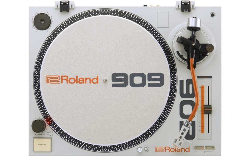 Проигрыватели винила Roland TT-99