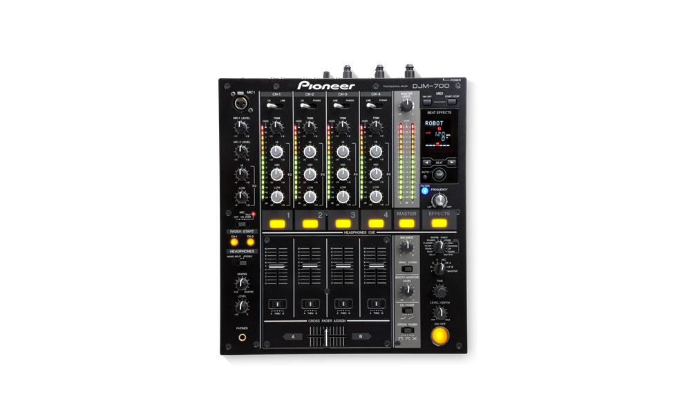 DJ-микшеры Pioneer DJM-700K