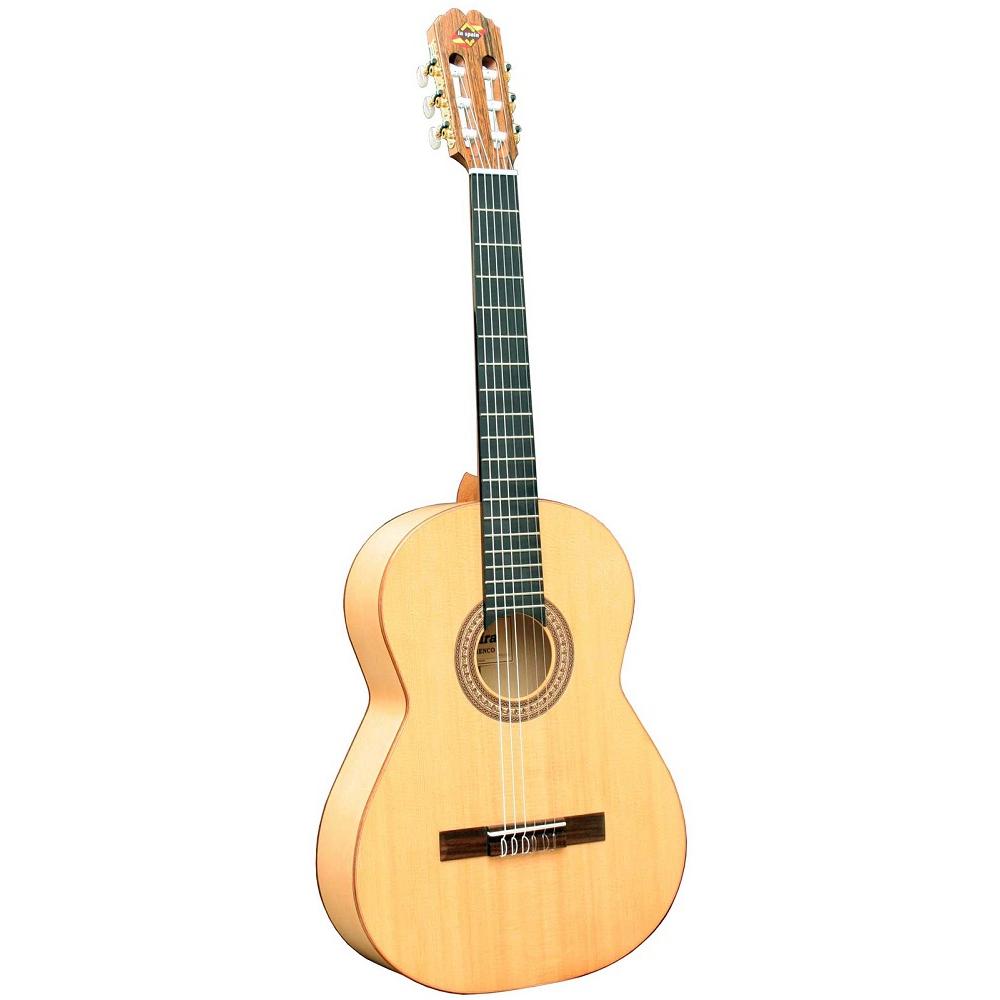 Акустические гитары ADMIRA FLAMENCO