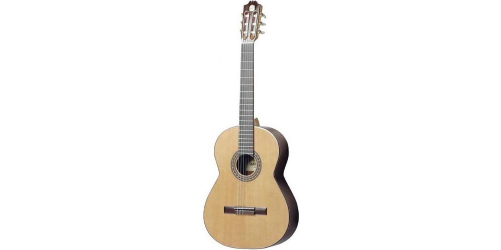Акустические гитары ADMIRA SOLISTA