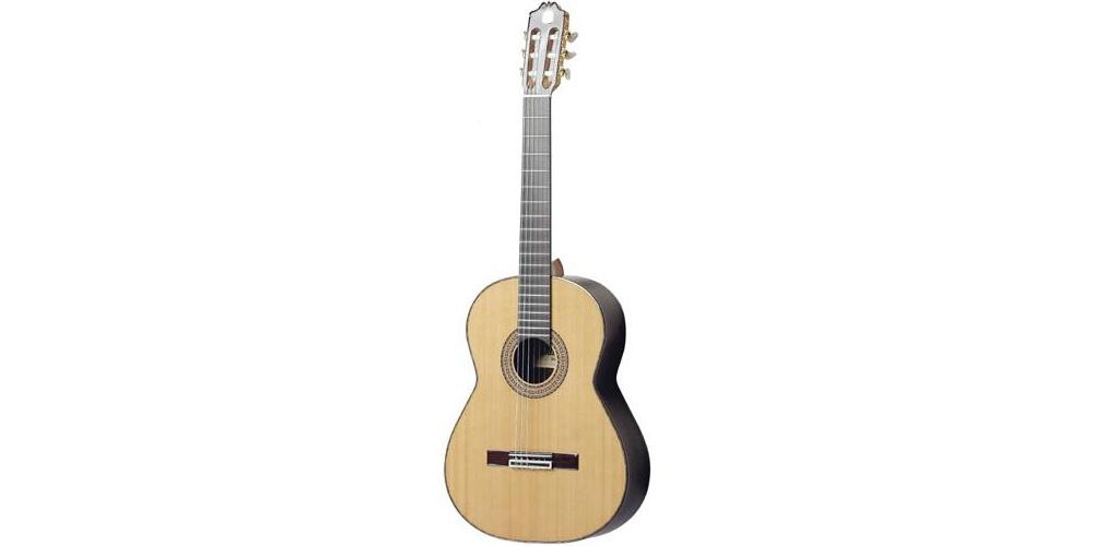 Акустические гитары ADMIRA SOLEDAD